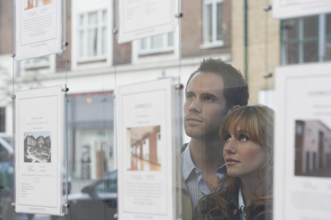 Stamp duty cut 'fails to entice first-time buyers', survey suggests