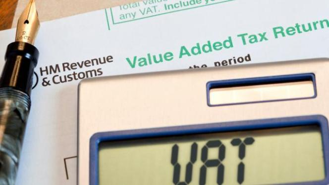 Average UK small business 'spends £5,000 on tax compliance every year', study finds